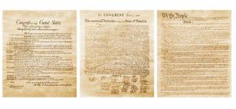 La bandera americana y la constitución imagen de archivo libre de regalías