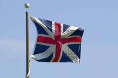 La bandera británica vuela en el 225o aniversario de la victoria en Yorktown, una reconstrucción del cerco de Yorktown, adonde ge Foto de archivo libre de regalías
