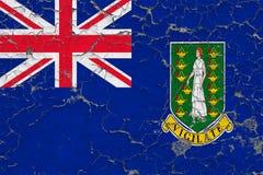 La bandiera delle Isole Vergini Britanniche ha dipinto sulla parete sporca incrinata Modello nazionale sulla superficie d'annata  royalty illustrazione gratis