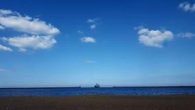La barca che entra fotografia stock