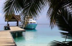 La barca ha attraccato nei Maldives Fotografia Stock Libera da Diritti