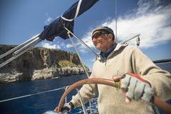 La barca a vela partecipa alla regata undicesimo Ellada della navigazione Fotografie Stock
