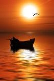 La barca y Gr brengt in de war royalty-vrije stock foto's