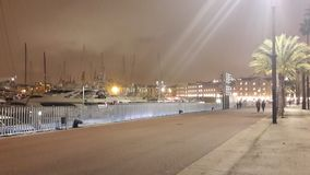 La Barceloneta Marina By Night Images stock
