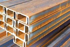 Barra de acero del hierro oxidado Imágenes de archivo libres de regalías