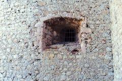 La barra della prigione nel vecchio castello Fotografie Stock