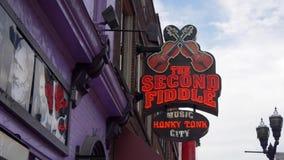 La barra delle seconde fiddle a Nashville - Nashville, Stati Uniti - 16 giugno 2019 stock footage