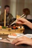 La barra di sushi Immagini Stock Libere da Diritti