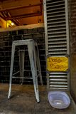 La barre de chiens à Barcelone photo stock