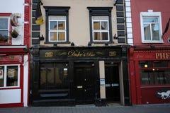 La barre du duc dans Kilkenny du centre, Irlande Photos stock