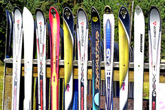 La barrière du ski alpin Photos stock