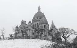La basílica Sacre Coeur en el invierno París, Francia Foto de archivo