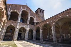 La basilica del ` Ambrogio MILAN, ITALIA di Sant - 8 agosto 2016 Immagine Stock