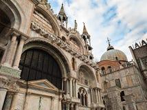 La basilique de repère de saint à Venise images stock