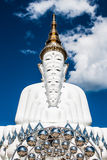 La basilique 5 du Bouddha du temple en verre caché par Pha Photos stock