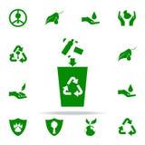 la basura que lanza en el bote de basura pone verde el icono sistema universal de los iconos de Greenpeace para el web y el móvil stock de ilustración