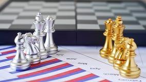 La bataille de confrontation d'affaires font par des échecs nationaux photos stock