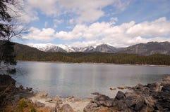 La Bavière Allemagne d'Eibsee Garmisch de lac photos libres de droits