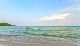 La beauté des canoës de navigation photo libre de droits