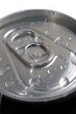 La bebida superior puede con gota del agua Fotografía de archivo