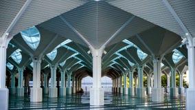 La bella architettura della moschea di KLCC, Kuala L Immagine Stock