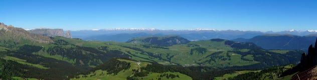 La bella campagna invita per fare un'escursione/dolomia/verso sud il Tirolo/Italia Fotografie Stock