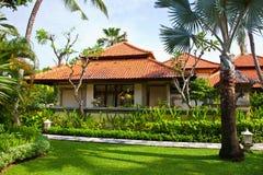 La bella casa nella giungla fotografie stock libere da diritti