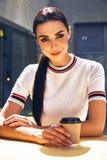 La bella lana sexy di stile di modo di usura di donna tricotta la cima Immagini Stock