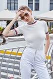 La bella lana sexy di stile di modo di usura di donna tricotta la maglietta superiore TR Immagine Stock Libera da Diritti