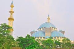 La bella moschea di Wilayah a twillight Immagini Stock