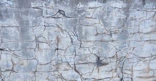 La bella parete sporca dello stucco da qualche parte ha cad da da un pozzo di chipp Fotografia Stock