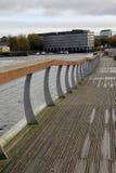 La bella passeggiata lungo la città del filo di Shannon River, di Clancy Strand e di O'Callaghan cammina, limerick, Irlanda, 2014 Fotografia Stock