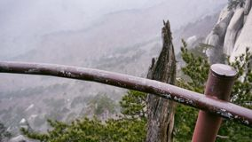 La bella vista dal picco di alte montagne Ulsanbawi Immagine Stock