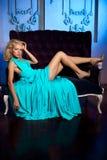La belle femme aiment une princesse dans le palais Riches luxueux fa Photos stock
