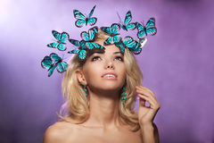 La belle femme aiment une princesse dans le palais Riches luxueux fa Photo stock