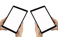 La belle femme remet tenir la tablette avec l'écran blanc d'isolement Lieu de travail d'affaires avec l'espace de copie L'espace  Photos stock