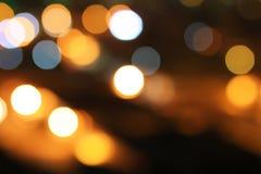 La belle lentille de nuit disperse la scène pour brouiller l'effet photos libres de droits