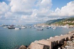 La belle marina de la ville de la marina de vibo en Calabre photo libre de droits