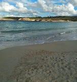 La belle mer d'ibiza en octobre, quand l'été est déjà plus de, les touristes partent mais la destination est agréable photographie stock