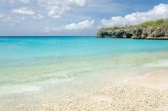 La belle plage grande de Knip dans les Caraïbe photos libres de droits
