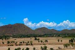 La belle terra e montagna naturali del paesaggio vedono l'alta vista Fotografia Stock Libera da Diritti