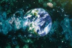 La belle terre et la lune - éléments de cette image meublés par la NASA Photos stock