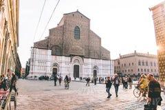 La belle ville rouge de Bologna photo libre de droits
