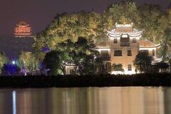 La belle vue de nuit de lac occidental image stock