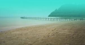 La belleza de la playa es atmósfera tranquila, romántica Foto de archivo libre de regalías