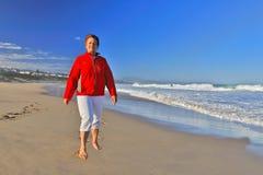 La belleza de un paseo de la playa fotos de archivo libres de regalías