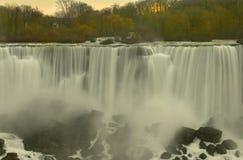 La belleza increíble de las caídas de Niagra Foto de archivo