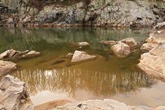 La belleza y la magia del río Potomac riega en el parque de Great Falls, Maryland, los E.E.U.U. Foto de archivo
