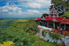 La bellezza stupefacente della pagoda Sutaungpyei letteralmente desiderio-soddisfacente Fotografie Stock