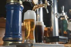 La bière des barins est un robinet Photographie stock libre de droits